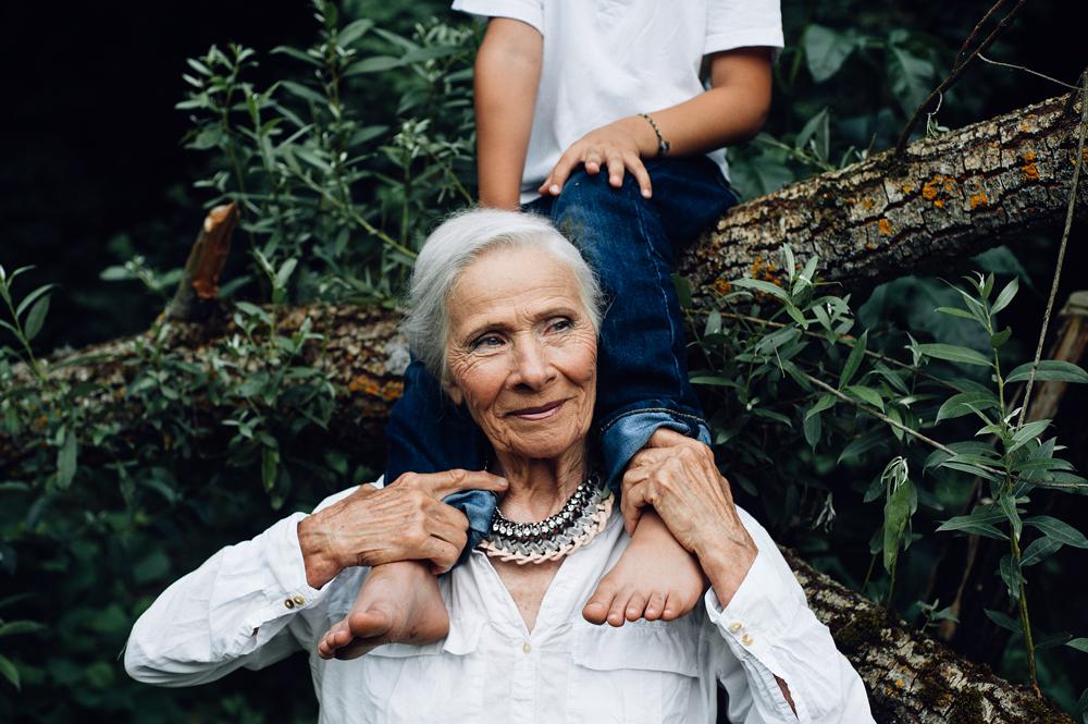 Картинки молодые бабушки