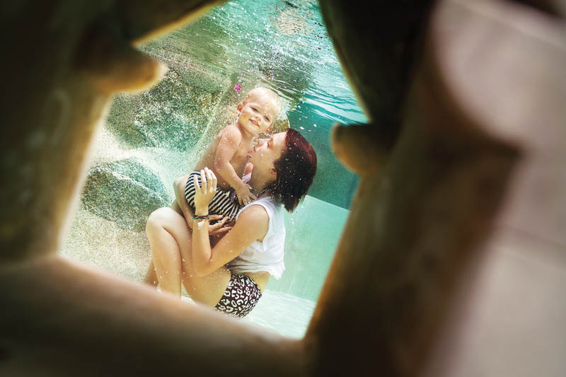 Олеся Углова - семейная фотография под водой