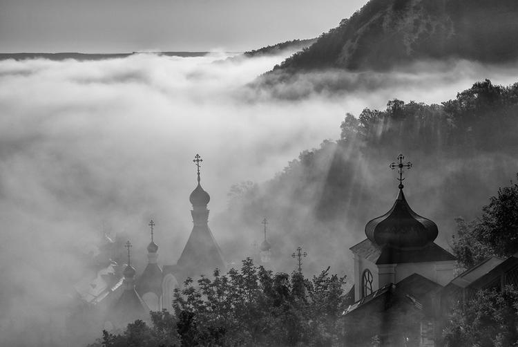 В пелене туман