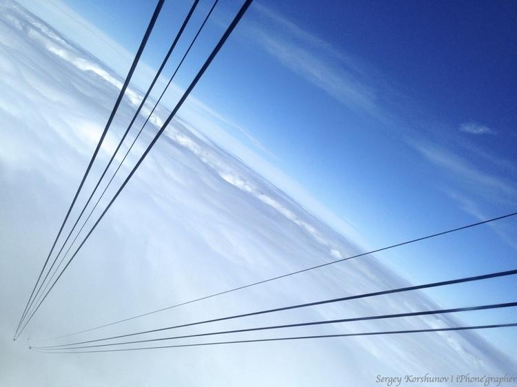 Дорога в облака. Айфонография Сергея Коршунова