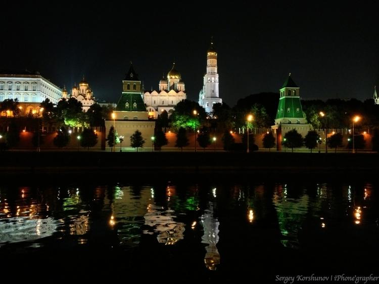 Кремль. Снято телефоном. Автор: Сергей Коршунов