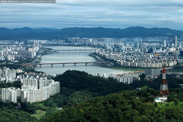 Мост через реку в Сеуле