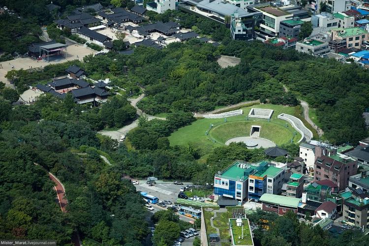 Интересное круглое пространство в Сеуле