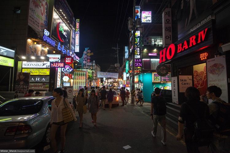 Улицы Сеула ночью