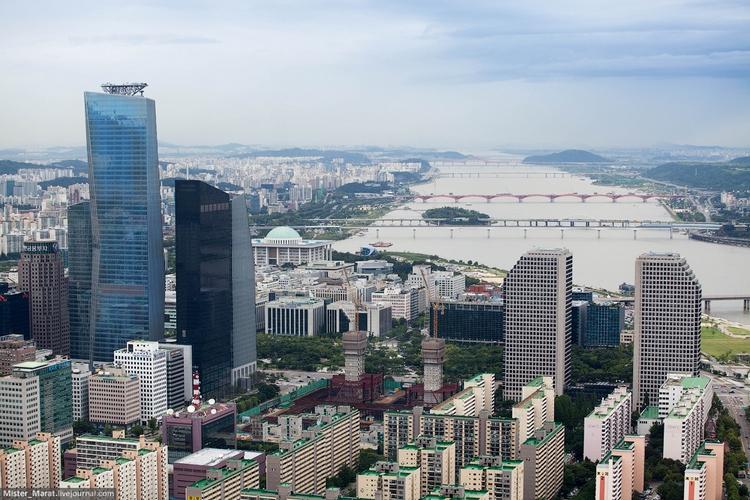 Высокие здания в Сеуле