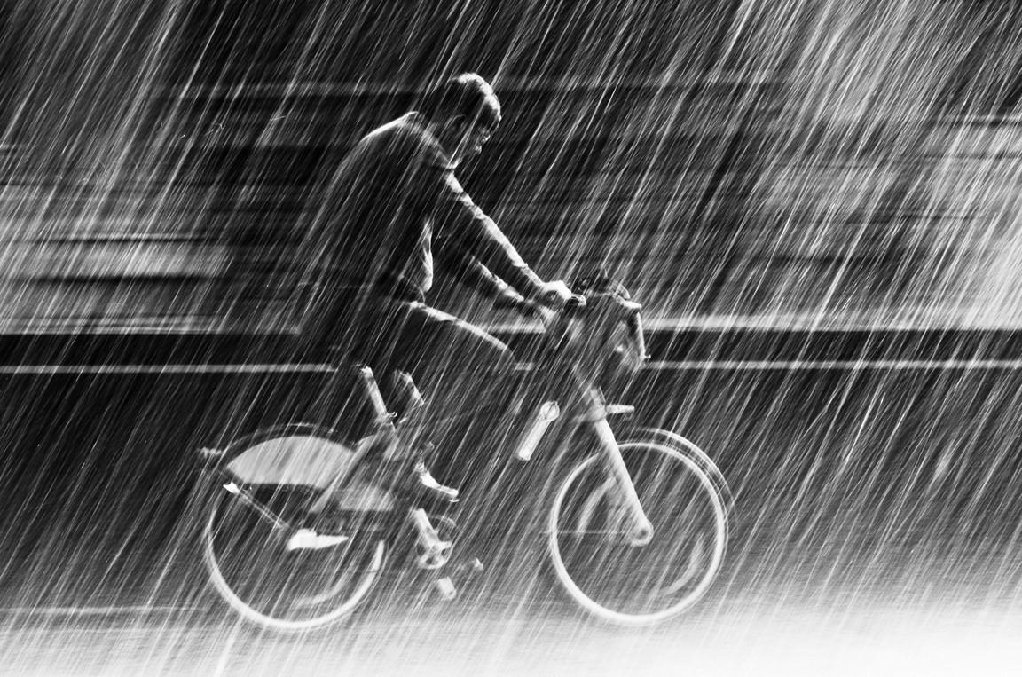 Струи дождя. Фото: Christian Muller