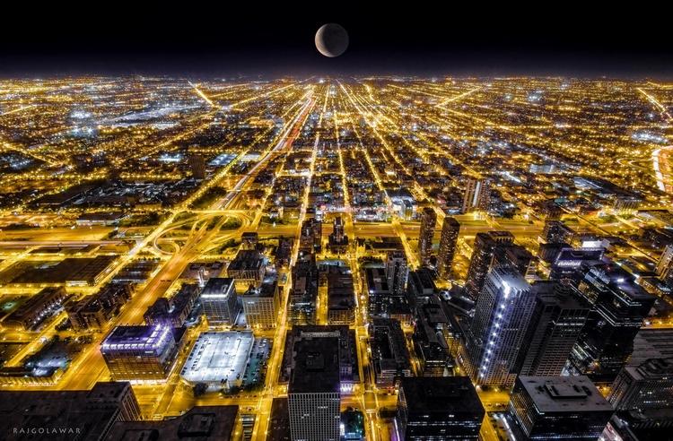 Чикаго ночью. Фото: Raj Golawar