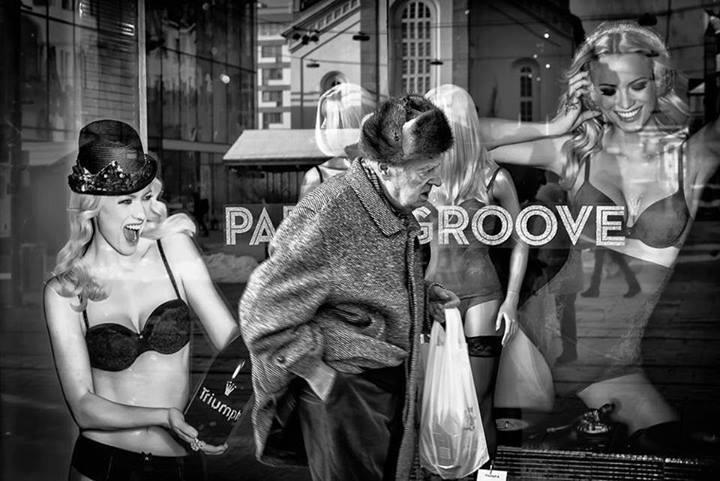 Реклама нижнего белья. Фото: Enrico Markus Essl