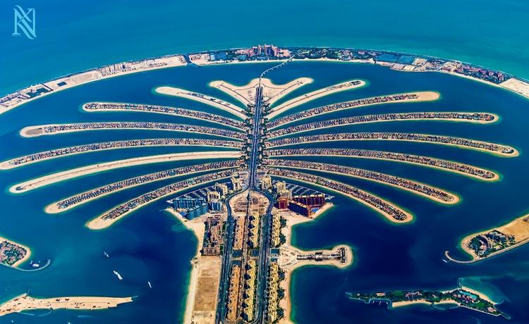 Дубай. Фото: Karim Nafatni