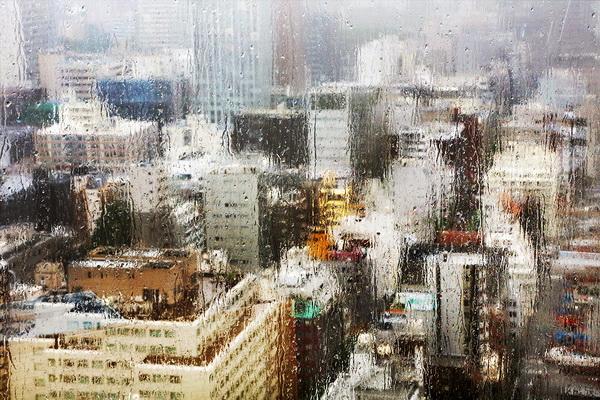 Дождь и небоскребы. Фото: Кристоф Жакро