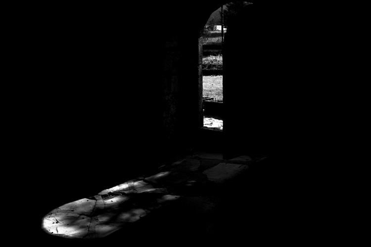 «Baba Mondi». Свет из окна. Фото: Неманья Панчич