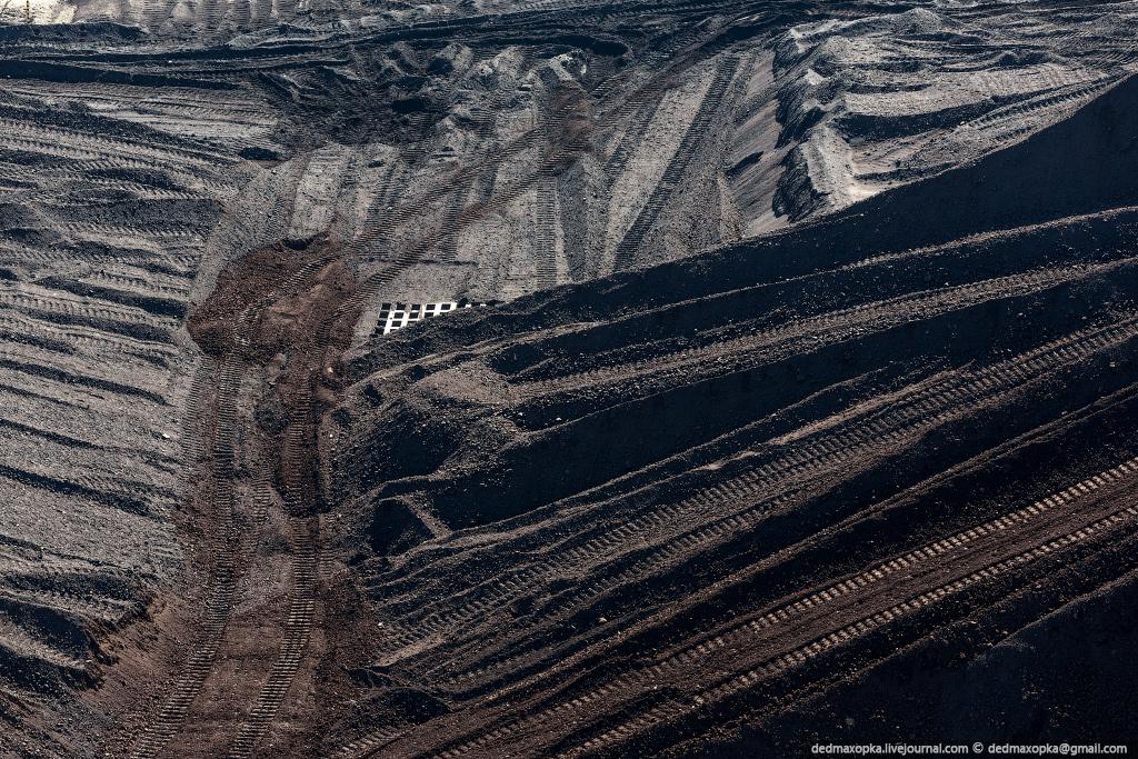 Решетки на угольном складе