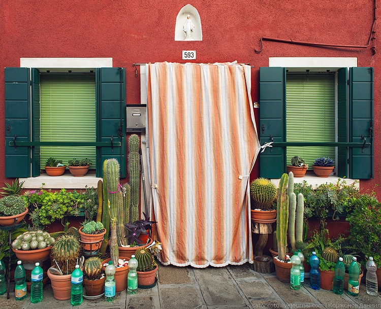 Бурано, Италия. Фото Даниила Коржонова