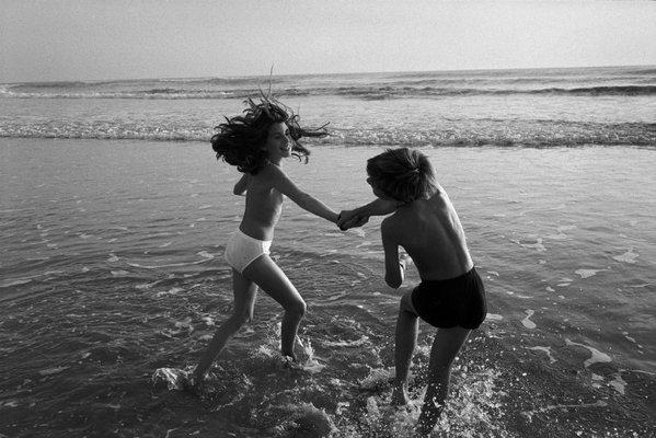 Дети на море. Фото: Ричард Калвар