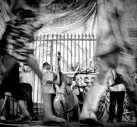 Музыканты на улице. Фото: Michal Dzierza