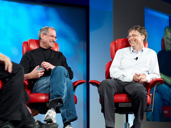 Стив Джобс и Билл Гейтс на 5-й конференции Things Digital Сonference, 2007 год