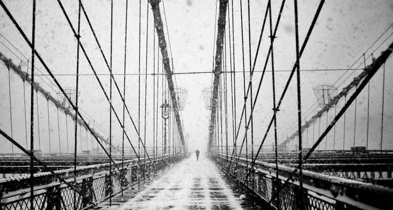 Снежная буря в городе. Фото: Martin Froyda