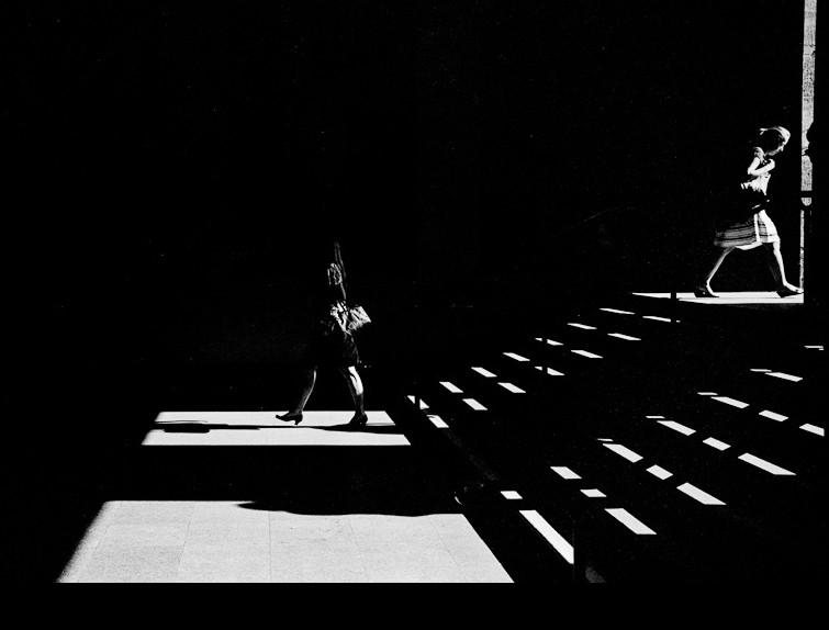 Тени и фигура. Фото: Guido Steenkamp