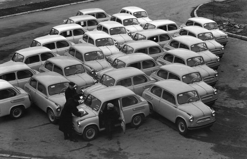 Новые «Запорожцы». 1960 год. Фото: Николай Рахманов