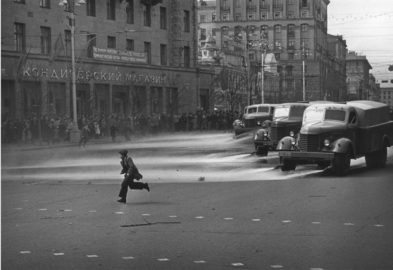 «Штрихи детства». 1957 год. Фото: Леонид Лазарев