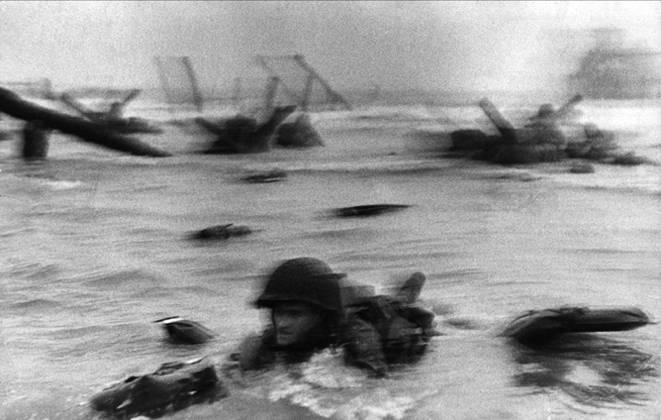 Роберт Капа: Омаха-бич, день Д, 1944 год