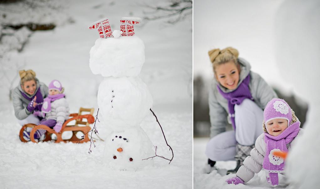 Лепим снеговика.  Фото: Rasa Razaniene