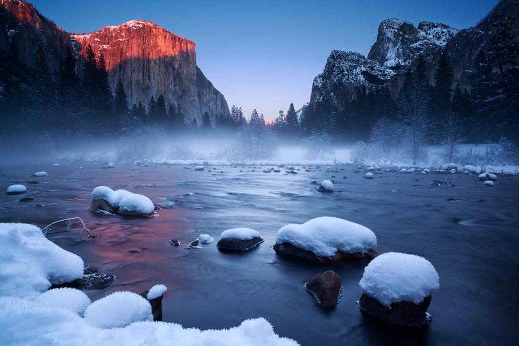Туман в горах. Фото: Joe Ganster