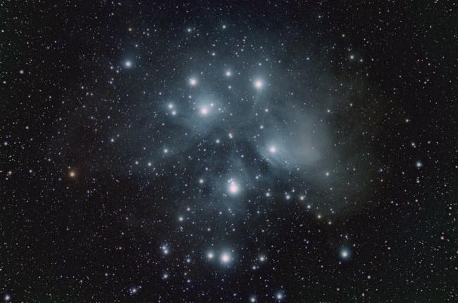 Победитель номинации: «Скопление Плеяды». (Jacob von Chorus/Astronomy Photographer of the Year)