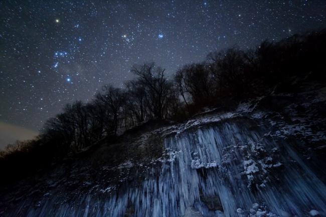 Победитель номинации: «Звёздный ледопад». (Masahiro Miyasaka/Astronomy Photographer of the Year)