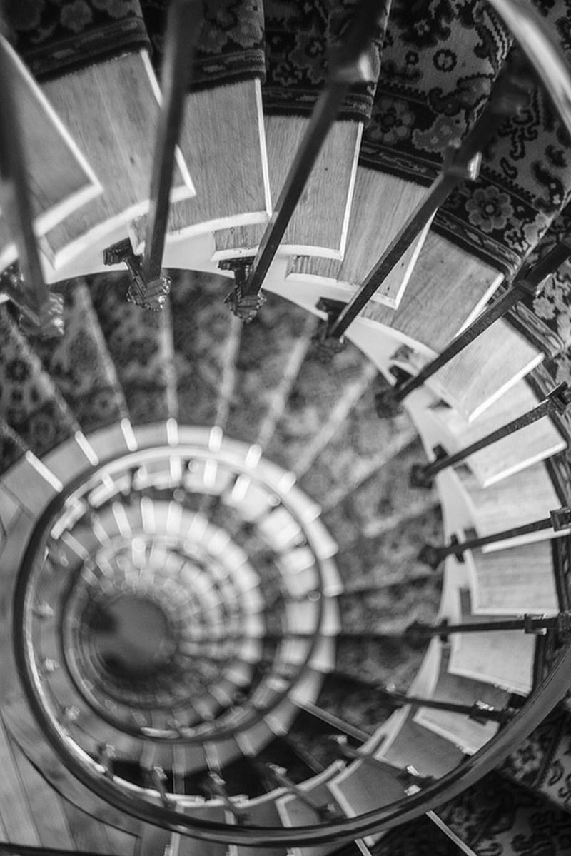 Фото на Гелиос, Fabien Petit. Лестница