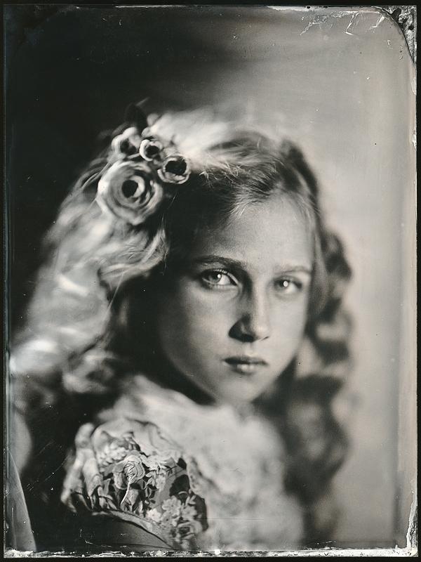 Портрет девочки. Амбротипия. Фото: Андрей Шерстюк