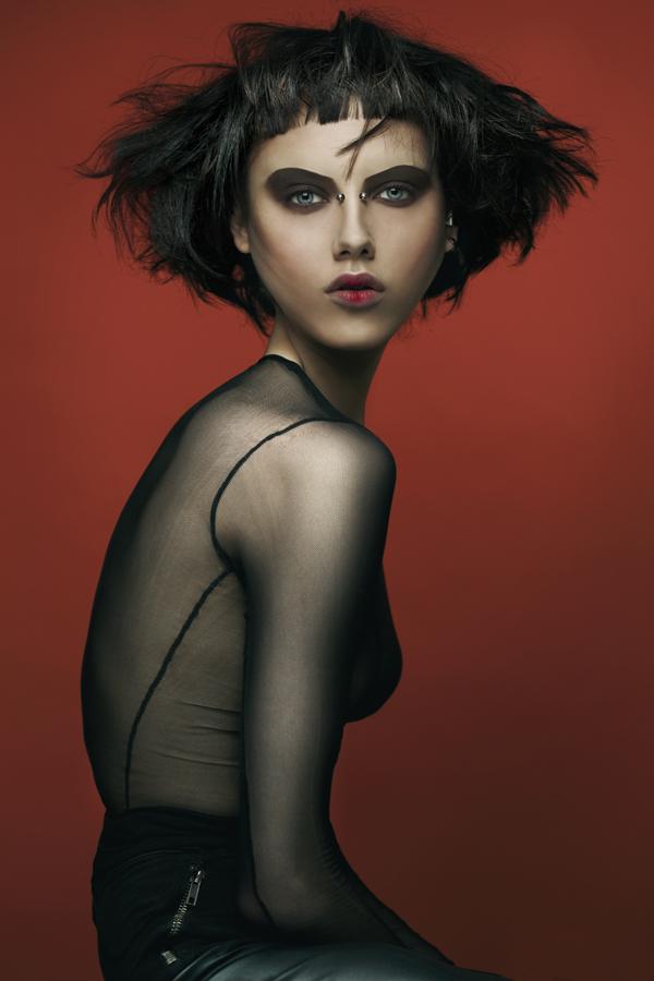 Портрет девушки. Фото: Розелла Ванон
