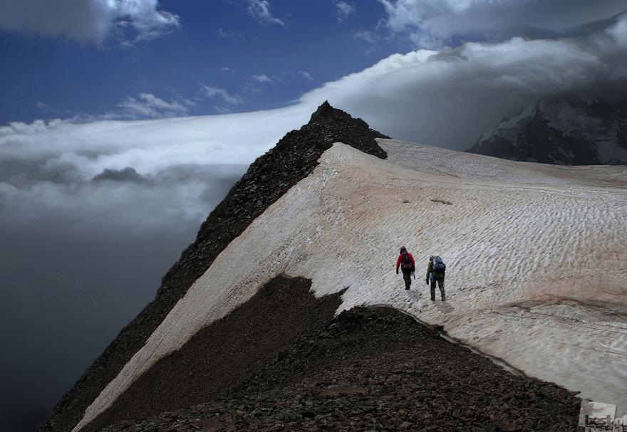 «Вершина». Снято в ущелье Адыл-су в сентябре 2012 года. Высота-3950м. Хасан Журтов, п.Эльбрус, Кабардино-Балкария
