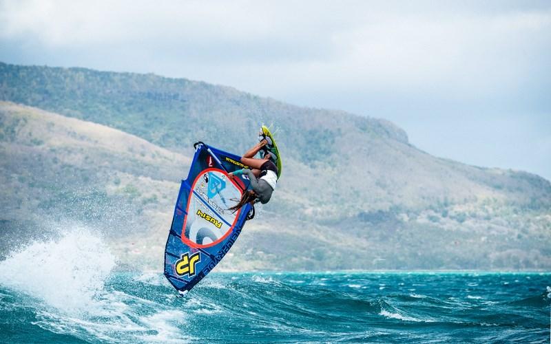 Серфингист. Фото Кирилла Умрихина. Оля Раскина, Маврикий