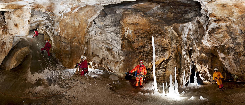 Пещеры. Фото Виктора Лягушкина