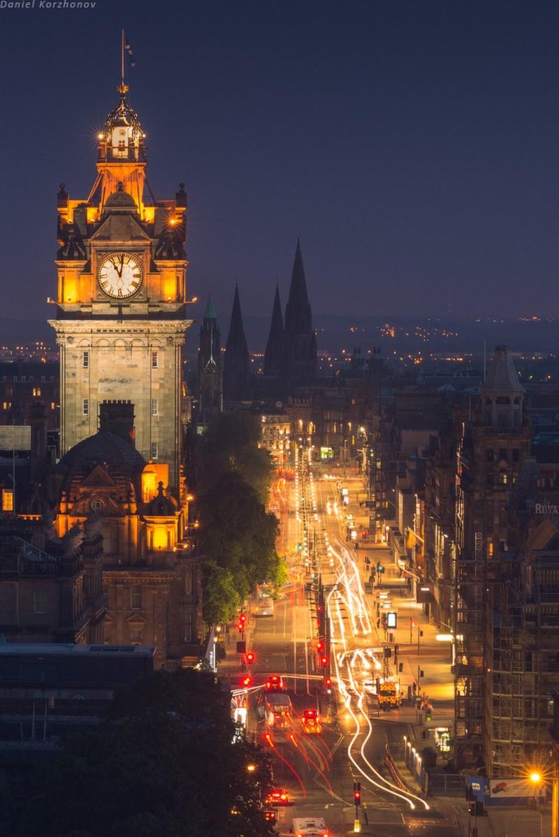 Эдинбург ночью. Дороги
