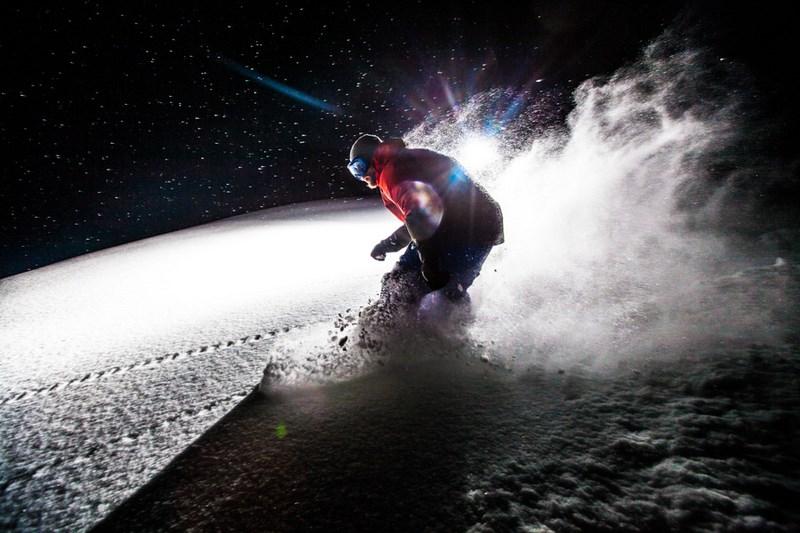 Сноубордист. Фото Кирилла Умрихина. На фото Андрей Москвин, курорт Роза Хутор