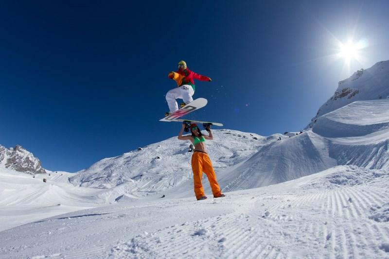 Сноубордисты. Фото Кирилла Умрихина. На фото Юра Гаврилов, Мерибель, Франция