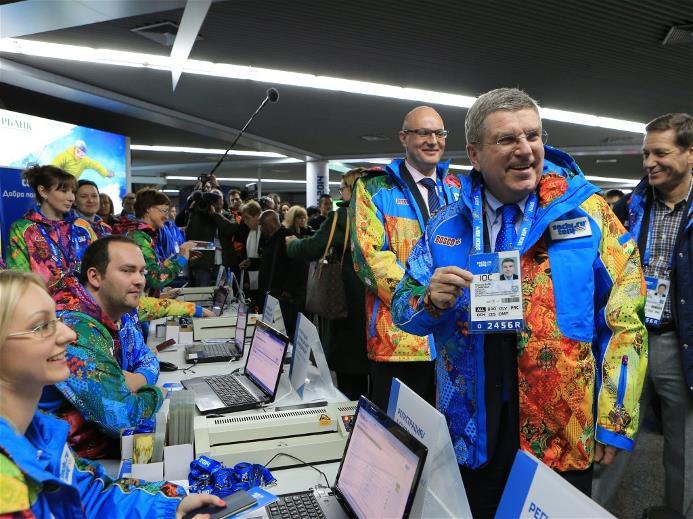 Президент МОК Томас Бах прилетел в Сочи! Фото: http://www.sochi2014.com/