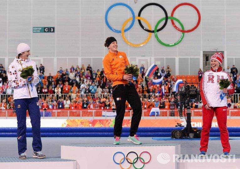 Первую медаль Олимпиады-2014 России принесла конькобежка Ольга Граф, которая завоевала бронзу на дистанции 3000 метров