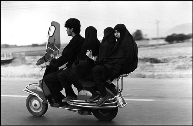 На мотоцикле. Фото - Аббас (Abbas)