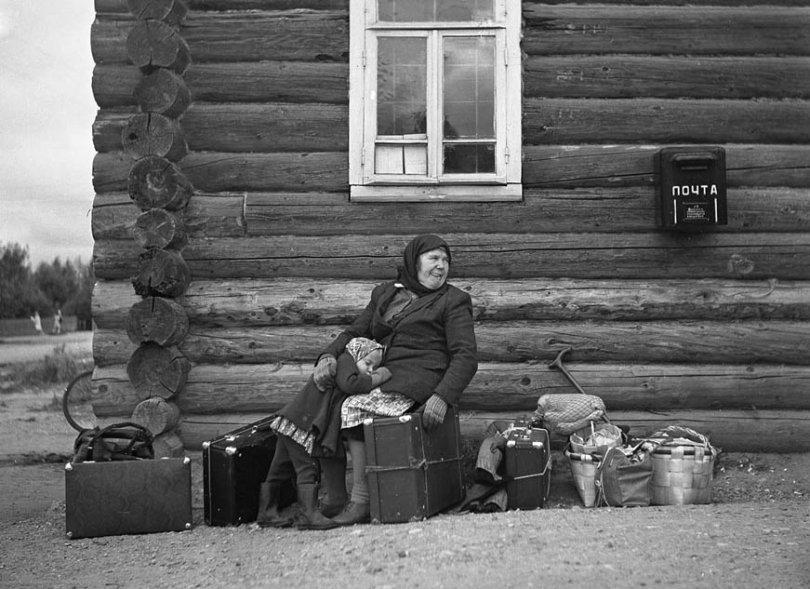 Бабушка с внучкой. Фото: Владимир Никитин