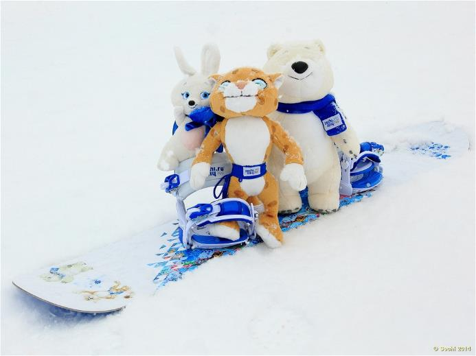 Талисманы Сочи 2014 Талисманы на лицензионном сноуборде. Фото: http://www.sochi2014.com/