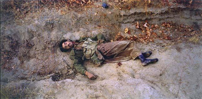 Талибский солдат. Фото - Люк Делайе (Luc Delahaye)