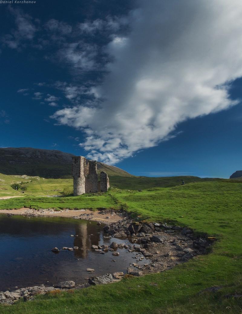 руины замка Адверк