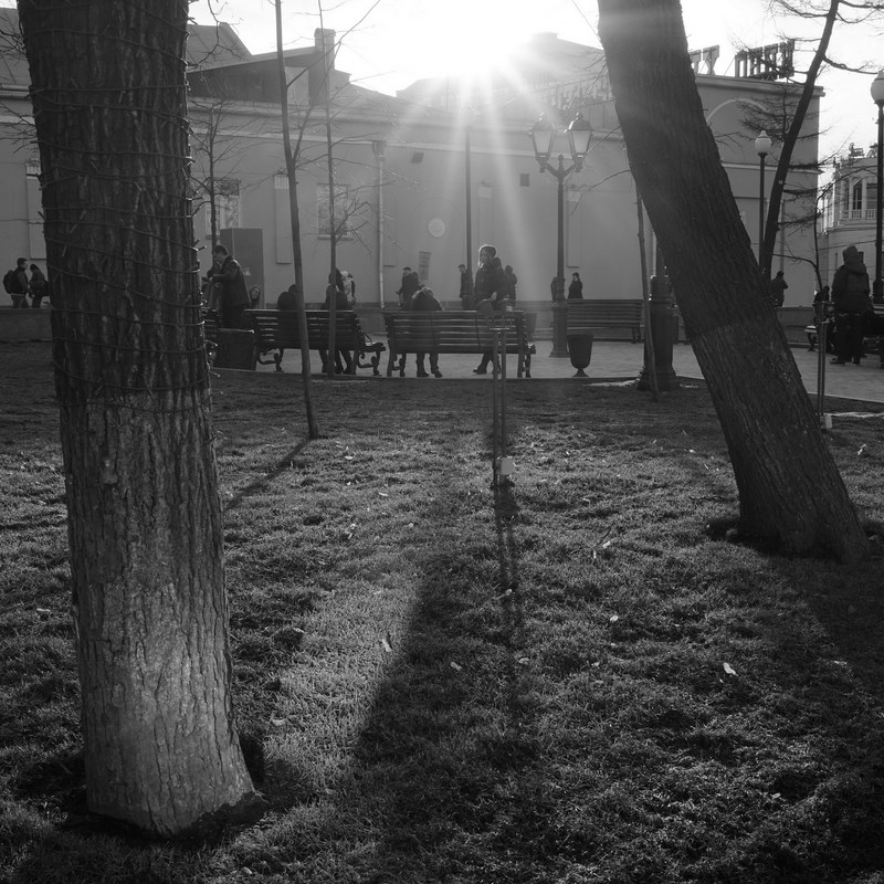 "Возле станции метро ""Арбатская"", Москва.  Тестовые фото Sony 7"