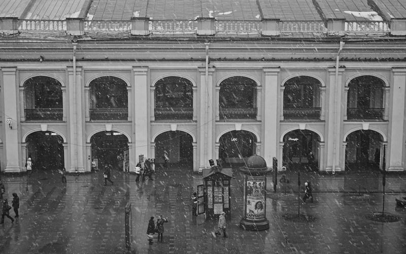 Невский проспект, Гостиный двор. Санкт-Петербург. Тестовые фото Sony 7