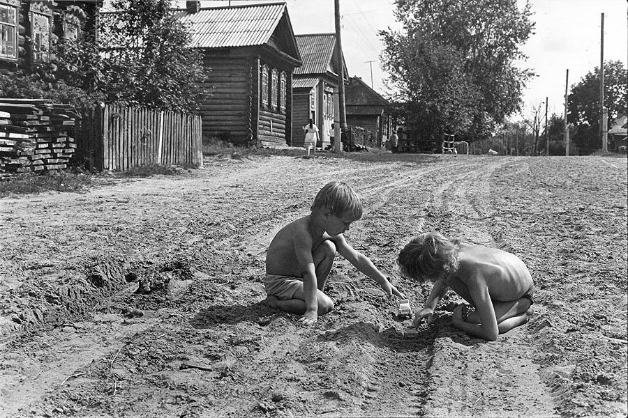 На большой дороге.1995 г.