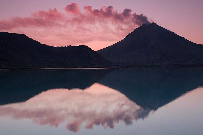 Вулкан Кизимен на Закате