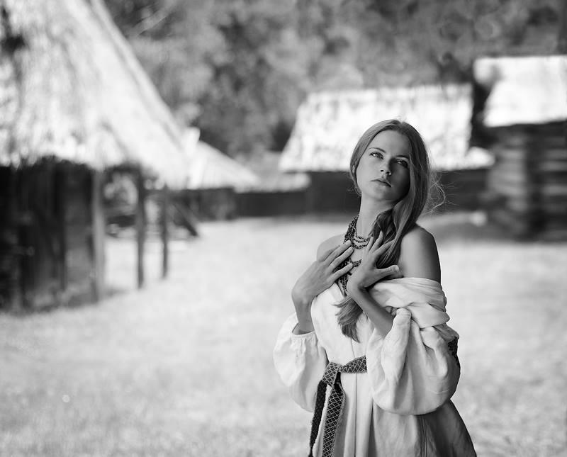 Наименование фотоработы: «Летнее утро Насти» Место съемки: Украина, г. Киев  Информация: Работа была снята во время проекта «Украинское село», но не вошла в коллекцию данной серии.
